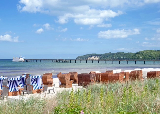 Strand und Seebrücke im Ostseebad Binz | © travelpeter - stock.adobe.com