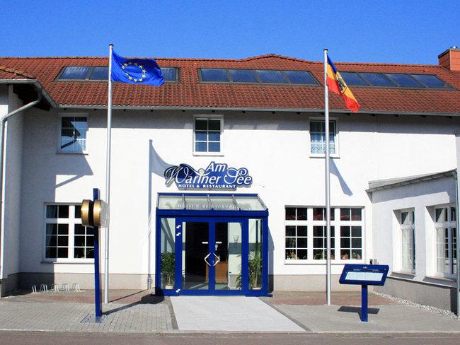 Hotel & Restaurant Am Wariner See