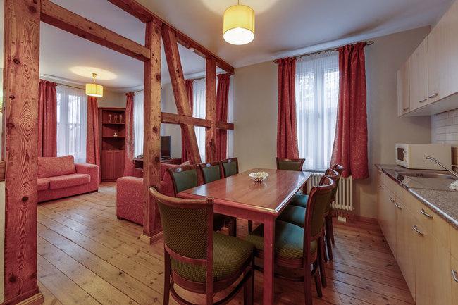 FH Kutscherhaus - Küche & Wohnbereich