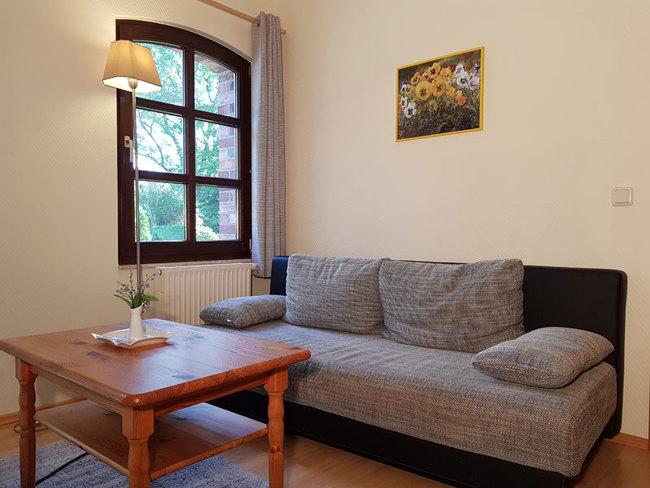 Fewo 1 - Wohnbereich mit Couch