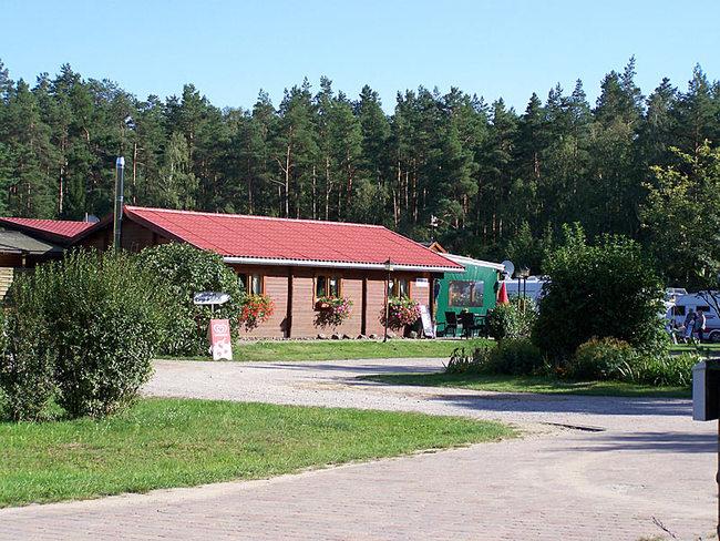 Campingplatz mit Waldschänke