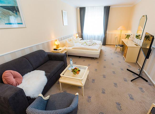 Wohnbereich Doppelzimmer 202