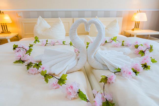 Bett im Doppelzimmer 202